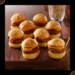Plateau de mini-cheeseburgers